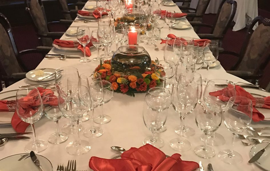 casper country club dining room set for thanksgiving